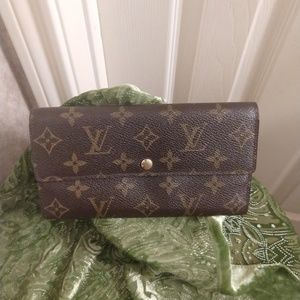 Louis Vuitton Porto Monet Credit Long Wallet